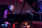 2017_11_10_ChillyGonzales_222919_5D4A5751.libere