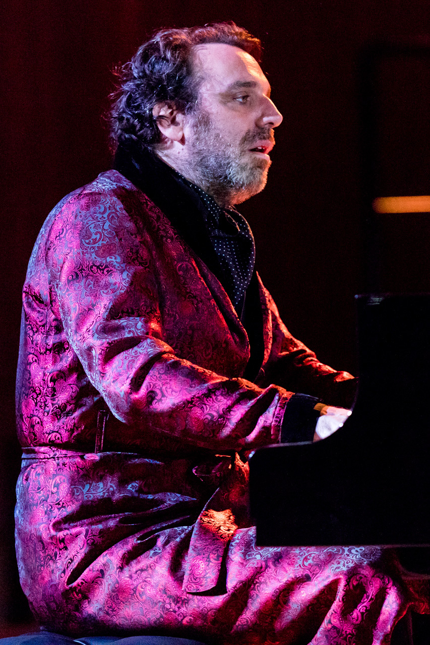 2017_11_10_ChillyGonzales_222639_5D4A5702.libere